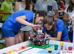 Ρομπότ φτιαγμένα από παιδιά: Με τη συμβολή της COSMOTE η ανάδειξη της ελληνικής αποστολής Εκπαιδευτικής Ρομποτικής