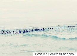 40명 '인간 띠'로 일가족을 급류에서 구출한 플로리다의 영웅들
