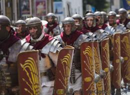 «Φέρτε μας κι άλλη μπύρα»: Ανακαλύφθηκαν πινακίδες με στοιχεία για την καθημερινότητα των Ρωμαίων στρατιωτών