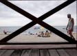 Eine Familie droht im Meer zu ertrinken - da hat ein Mann die rettende Idee