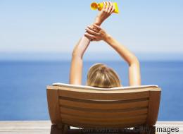 9 μύθοι και αλήθειες για το ηλιακό έγκαυμα για να ξέρετε πώς να προστατευτείτε αυτό το καλοκαίρι
