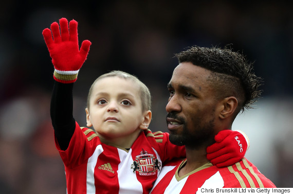 Hundreds line the streets for funeral of Bradley Lowery