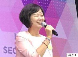 퀴어문화축제에 참석한 '최초의 원내정당 대표'