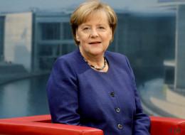 Das Sommerinterview mit Kanzlerin Merkel plätschert dahin - bis das Thema auf die Türkei kommt