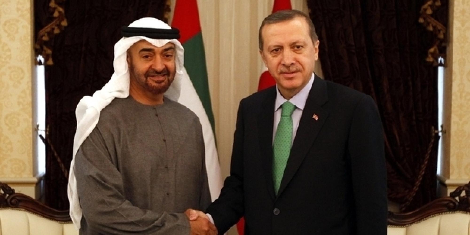 ميديل إيست آي: أبوظبي عرضت على أنقرة تسليم بعض الإخوان المسلمين مقابل أعضاء من جماعة غولن وبقاء القاعدة التركية في قطر