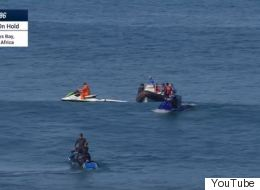 Διεθνούς φήμης σέρφερ γλιτώνει από τα σαγόνια του καρχαρία (για 2η φορά) την τελευταία στιγμή