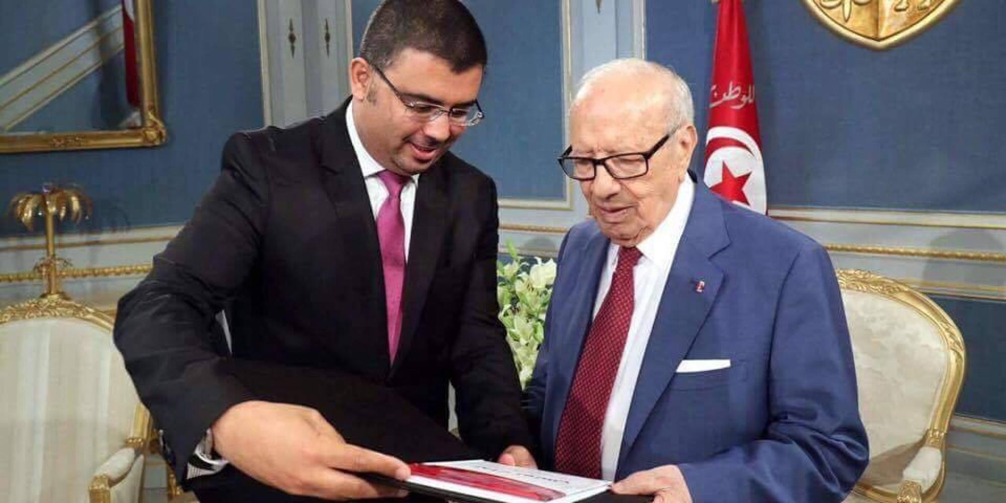 وصفهم بـ رعاع بن علي .. كتاب عن حزب الرئيس يشعل الخلاف بين قيادي في  نداء تونس  والمعارضة