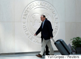 SZ: Φαινομενική η λύση του ΔΝΤ