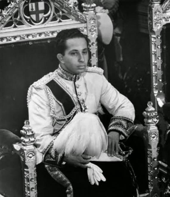 ملوك حاول جمال الناصر إنهاء o-SAF-570.jpg?3