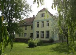 Jeder Deutsche kennt die Person, die in diesem Haus aufgewachsen ist - erratet ihr, um wen es sich handelt?