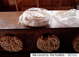 Υπάλληλος των ΕΛΤΑ έκλεβε χρήματα πιστών για μοναστήρια της Λέσβου