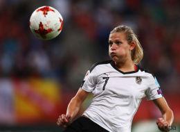 Island - Österreich im Live-Stream: Fußball-EM der Frauen online sehen, so geht's - Video