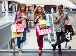 تشعر بالملل وأنت ترافق زوجتك في التسوق؟.. الصين وجدت لك حلاً للاستمتاع بوقتك