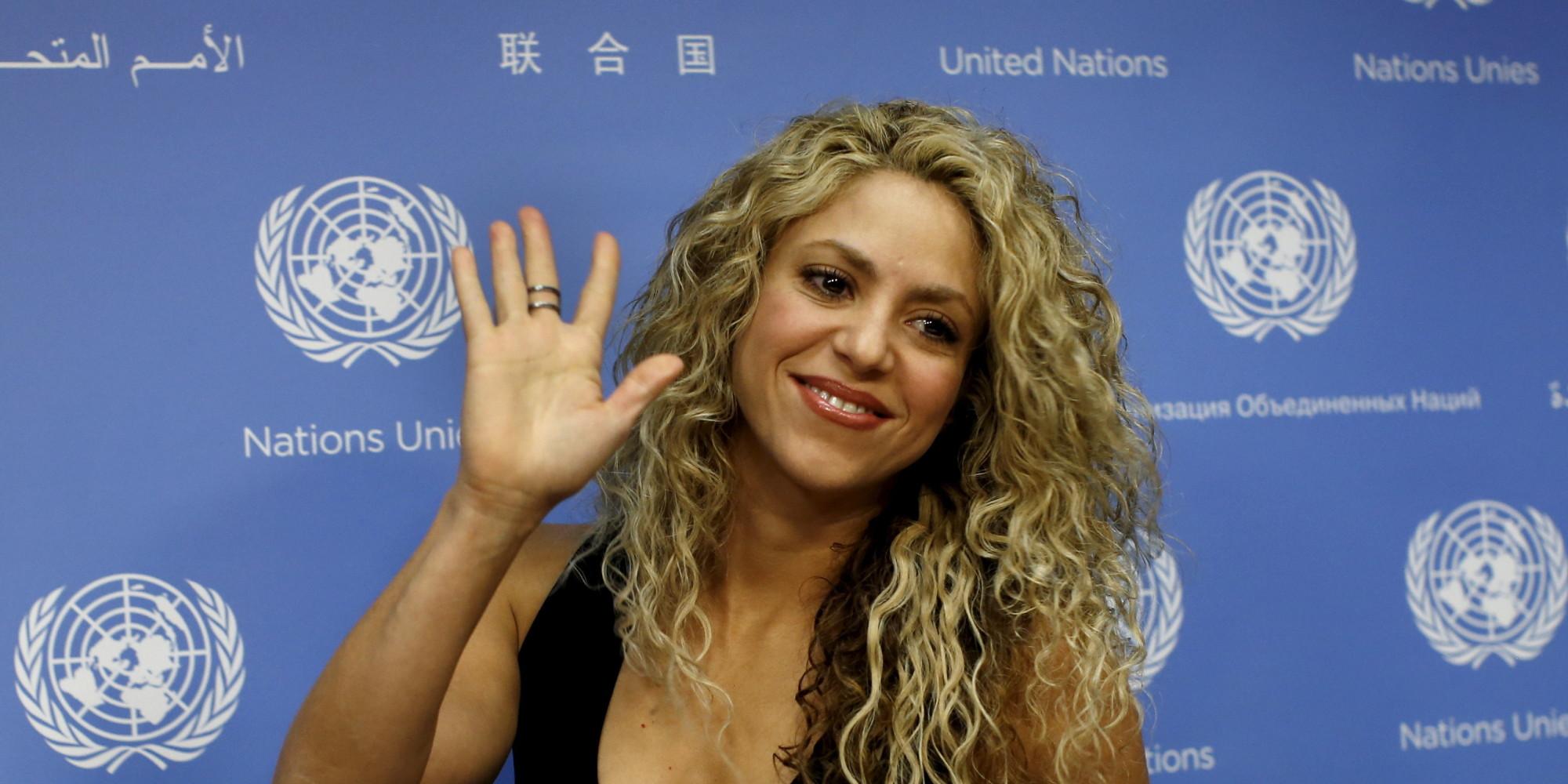 Shakira Uberrascht Mit Roten Haaren Die Sangerin Hat Sich Einer