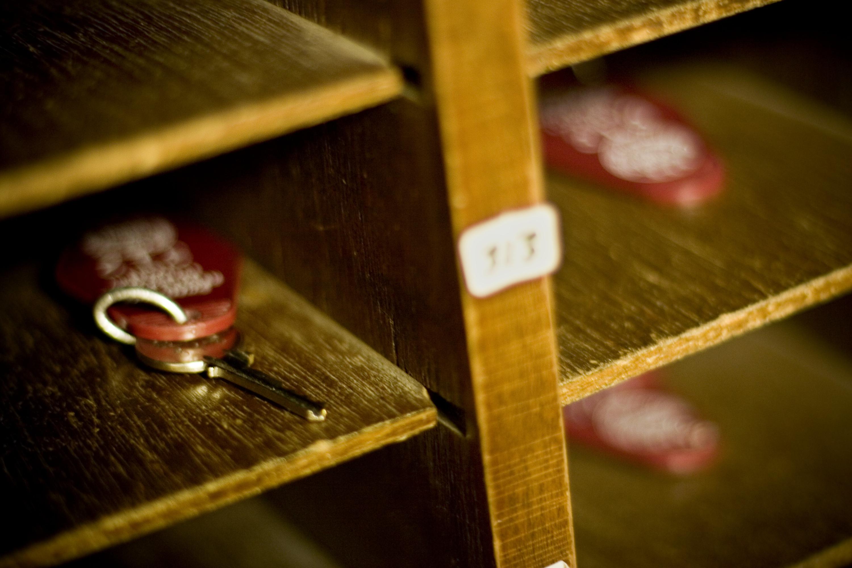 shelf keys
