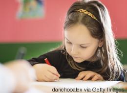 Das passiert im Gehirn von Kindern, die häufig mit der Hand schreiben