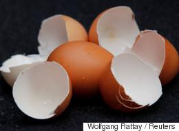 Γερμανία: Τα σούπερ μάρκετ Aldi αποσύρουν όλα τα αυγά από τα ράφια τους επειδή φοβούνται πως είναι μολυσμένα