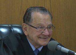 جلسة محاكمة بين قاضي أميركي وشيخ سوري.. تحولت إلى درس في الإنسانية