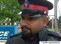옷 도둑의 사연을 들은 이 경찰은 그 옷을 사줄 수 밖에 없었다