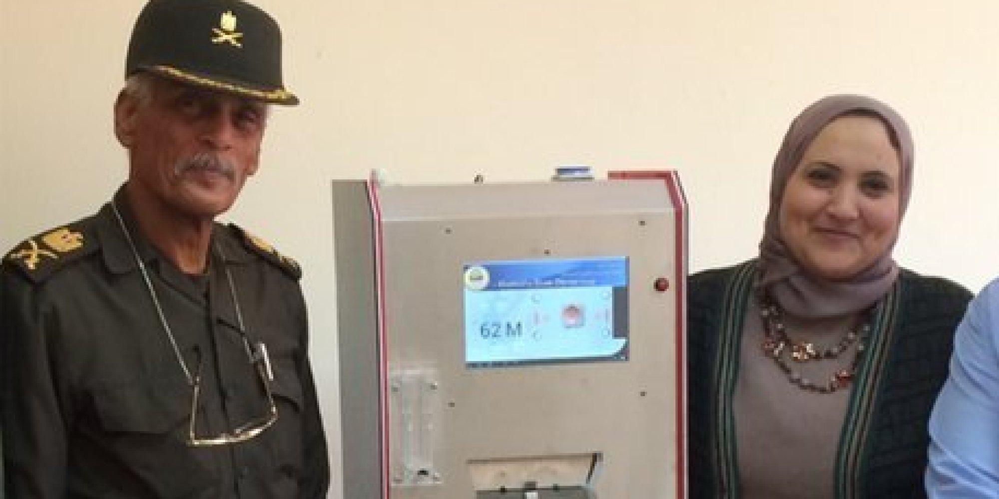 اللوء عبد العاطي يعود للكفتة.. ظهورٌ جديد لضابط الجيش المصري صاحب فكرة علاج الإيدز الوهمية