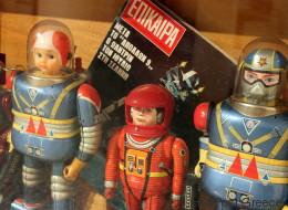Κι όμως, υπάρχει κάτι που μπορεί να σε στείλει στο Διάστημα: Μια έκθεση στο Ρομάντσο