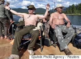 휴가를 즐기는 푸틴을 두고 벌어진 '포토샵 전쟁'