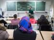Eine Syrerin geht in Hessen zur Schule – am Zeugnistag stellt sich heraus, wie gut sie integriert ist