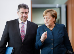 Außenminister Gabriel wirft Kanzlerin Merkel