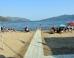 كراسي متحركة وموظفون لمساعدتهم على الاستمتاع بالبحر.. تركيا تخصص شواطئ لذوي الاحتياجات الخاصة (صور)
