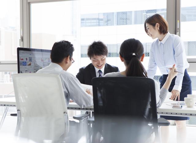 japan women work office