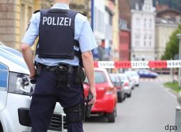 SEK-Einsatz in Hagen: Womöglich bewaffneter Mann verschanzt sich in Kneipe