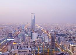 السعودية أول دولة في العالم تستخدم روبوتات Hadrian X في بناء المنازل.. ما الذي يميزها؟