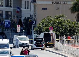 هجوم بسيارة على محطَّتي حافلات بفرنسا.. استهدف الحي الأكثر فقراً بمدينة مرسيليا