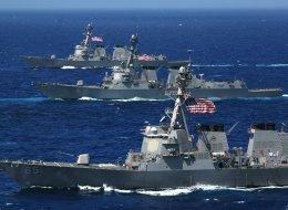 البحرية الأميركية توقف عملياتها في جميع أنحاء العالم