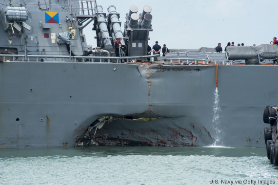 Dix marins américains disparus après une collision en mer