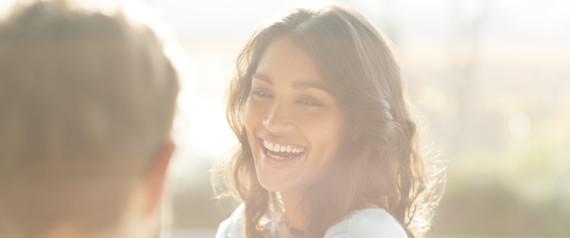 SMILING MAN WOMAN SUN ASIAN