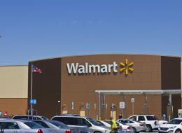 Walmart تتحالف مع جوجل لمنافسة أمازون في التسوق على الإنترنت