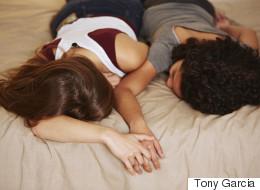 함께 침대를 쓰게 되면 일어나는 일 11가지