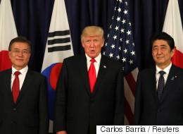 문재인 대통령과 아베 총리가 '북한 미사일'로 통화한 내용