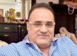 مُمتنٌّ لتامر حسني وحزينٌ من شيرين.. طارق فؤاد مطرب التسعينيات في أول تصريحات بعد حملة التضامن معه