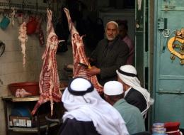 المصري 22 ساعة.. والإماراتي 54 دقيقة فقط.. كم ساعة عليك أن تعملها لشراء كيلوغرام من اللحم؟
