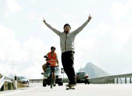 باستخدام عجلتين فقط.. سويسري يحقق رقماً قياسياً جديداً على لوح تزلج