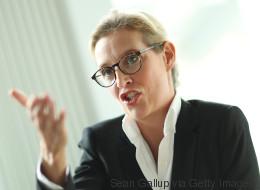 AfD-Spitzenkandidatin Weidel will Angela Merkel nach der Wahl vor Gericht bringen