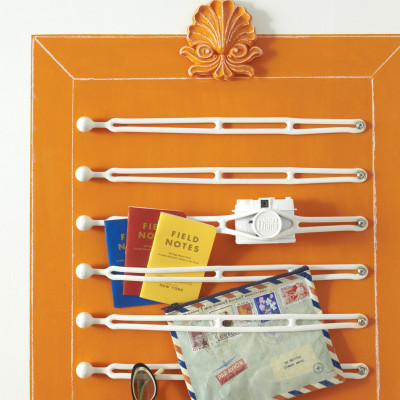 Home Design Ideas: Creative DIY Boating Strap Wall Storage From ...