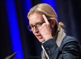 AfD-Frau Weidel rennt aus dem nächsten Interview - sie verabschiedet sich mit einer dreisten Lüge