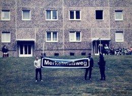 Krawall-Wahlkampf im Osten: In einem Moment wird es für Merkel in Strasburg richtig ungemütlich
