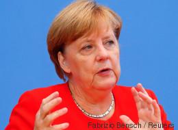 Merkel bittet Flüchtlinge um Toleranz für Schweinefleisch