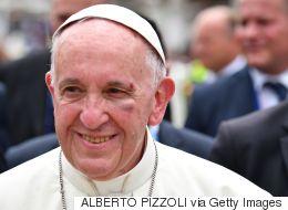Τραυματίστηκε στο πρόσωπο ο Πάπας Φραγκίσκος κατά τη διάρκεια επίσκεψης στην Κολομβία
