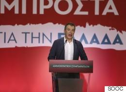 Θεοδωράκης: Εύκολο η χώρα να πάει μπροστά εάν αξιοποιήσει το ανθρώπινο δυναμικό της