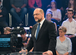 Schulz wird im ZDF auf die AfD angesprochen - und spricht eine eindeutige Drohung aus